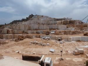 Métiers de marbrerie à Skikda: Profiter du savoir-faire des Italiens de Carrare