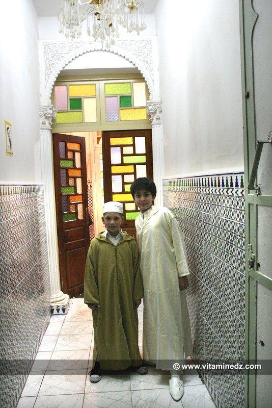 Des enfants Tlemceniens �lev�s dans la tradition de leurs anc�tres