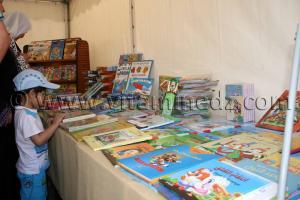 Tlemcen, livres pour enfants lors du FELIV au palais d\'El Mechouar (25.06.2011)