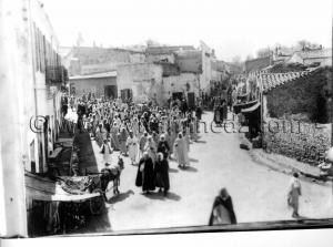 Tlemcen Photo Ancienne - Cortège funèbre, rue Mascara