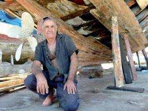Portrait - Zbaghdi Abdesslam: Le dernier charpentier maritime de Skikda