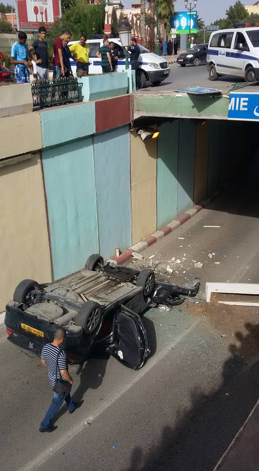 Accident spectaculaire Bab Ouarhran - Tlemcen