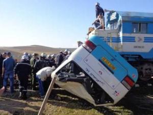 Un train percute un bus à Mascara: 4 morts et 11 blessés