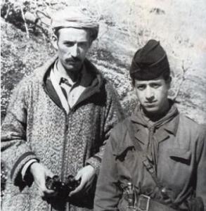 العقيد عميروش شخصية رمزية للثورة الجزائرية