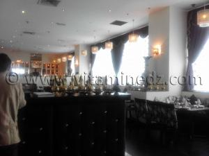 Restaurant indien au centre commercial de Bab Ezzouar