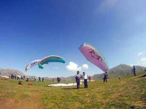 Aït Zikki (Tizi Ouzou) - Championnat de parapente