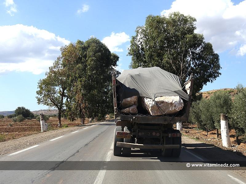 Dangers de la route : Des blocs sans attaches