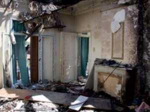 Incendie dans un immeuble à la rue Larbi Ben m'hidi (Constantine):  Les habitants ferment la route et 27 personnes à la rue