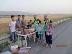 Mobilisation citoyenne durant le ramadhan à Aïn S'mara: «Des bénévoles du cœur» sur l'autoroute Est-Ouest