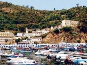 Le boom de la tendance �S�jour chez l�habitant�, � Skikda:  Familles cherchent plages� et logement