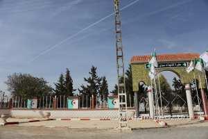 Sidi Bel Abbes - Cimetière des martyrs (chouhada) à Sidi Lahcene (Détrie)