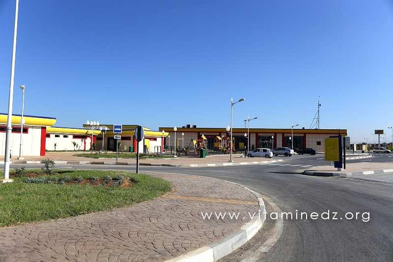 Nouvelle Station Tamesguida, non loin de Blida sur l'Autoroute Est-Ouest