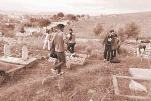 ARRÊT SUR IMAGE: Vu au cimetière Sidi Smid à Bordj Menaïel