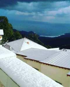 Annaba : Séraïdi sur les hauteurs du massif de l'Edough... Neige, Forêts, et Mer