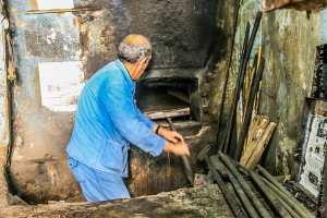 Tlemcen : Il était une fois le « ferrane » / Les boulangeries pâtisseries ont pris la relève
