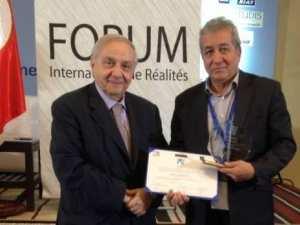 Algérie - Omar Belhouchet obtient le Prix Hermès pour la promotion de la liberté d'expression
