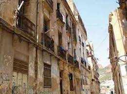 Oran - Pour préserver leur aspect architectural historique: Lancement prochain de la restauration d'une vingtaine d'immeubles à Sidi El Houari