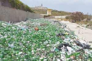 Annaba - RAMASSAGE DES ORDURES: Tout sauf les canettes de bière
