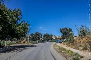 Pont à l'entrée de Boukhanefis