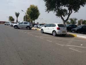 Parking Aeroport d'Oran, stationnement d'un Temouchentois