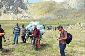 El Asnam (Bouira) - Tikjda: Campagne de nettoyage du lac Agoulmim