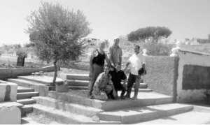 Kifane Lamamra (Bouira) - Des bénévoles réhabilitent le cimetière