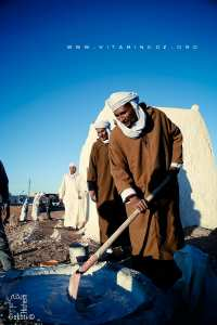 Chaulage de la tombe de Sidi Ahmed Zine lors de sa Ziara à Alamellal (Timimoun) Selka et tejyir (chalage) le Mardi 26 Décembre 2017 - 7. Rabi al-Akhir (ethani) 1439
