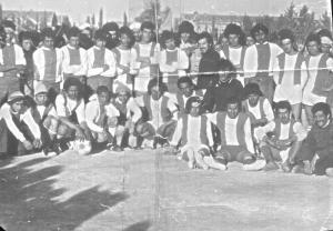 Photo des joueurs de L'ESMAAMORA 1976