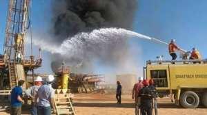 الحريق اتى على خزانات الحفارة و بعض التجهيزات بان امناس ولاية ايليزي.