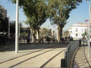 Sétif rénové - Ain Fouara et le rail du tramway