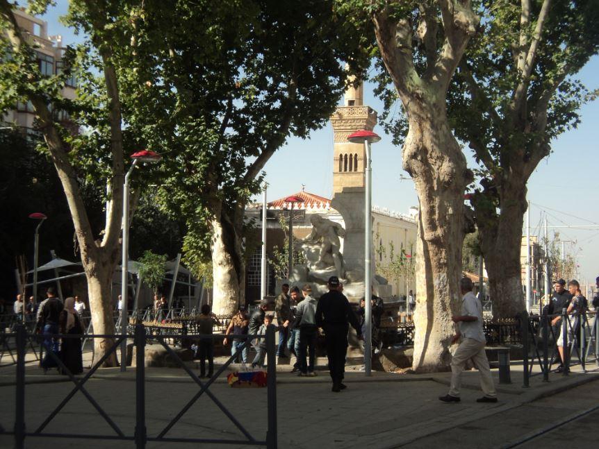 Sétif rénové - Ain Fouara et la mosquée El Atik