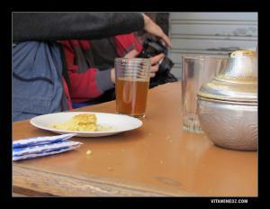 شاي بالمبسس بمقهى بندرومة