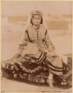 Type de danseuse des Ouled Naïls. Femme arabe (Photo rare)