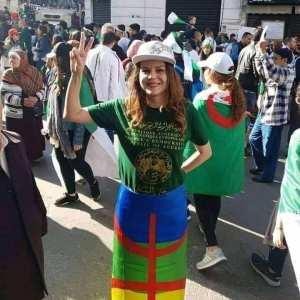 Hirak : La belle actrice Algérienne Imen Noël