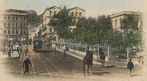 احدى ساحات مدينة وهران زمان