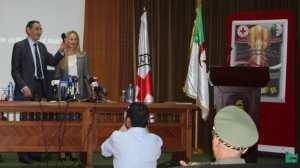 Croix rouge internationale - Algérie : remise de documents d'archives liés à la guerre de libération