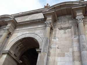 L'arc de triomphe-Le monument aux morts de Constantine
