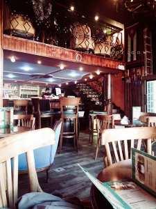 Café Havana à Oran ...Nostalgique? Fidel, Che, Boumediene et autres revolutionnaires...