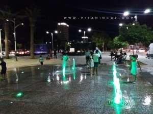 Sidi Bel Abbes, son esplanade, ses terrasses de crèmeries et son jet d'eau lumineux