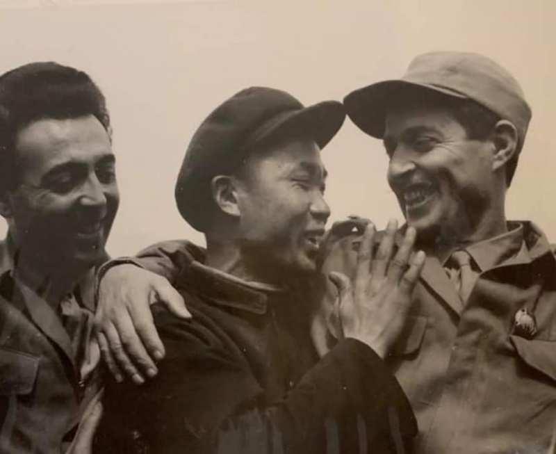Aux origines de l'amitié Algéro-Chinoise Des Fellagas à Pekin Par le Commandant Azzedine