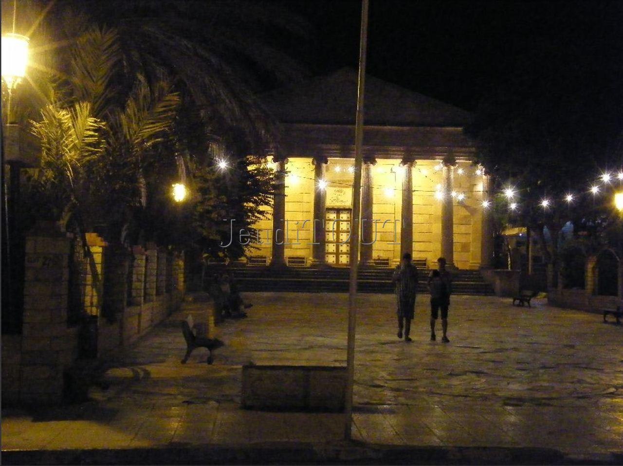 Cherchell-la mosquée aux cent colonnes
