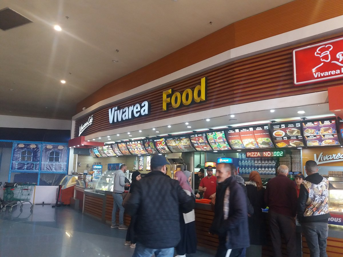 Vivarea Food chez Ardis Alger, un restaurant attrape nigauds