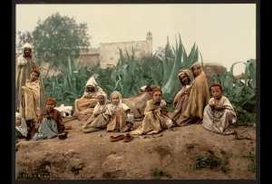 Groupe d'Arabes. Alger (Algérie)