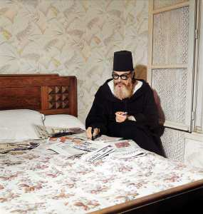 Photo rare de Messali Hadj, probablement en France