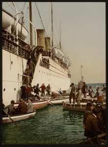 Débarquement d'un navire. Alger (Algérie)