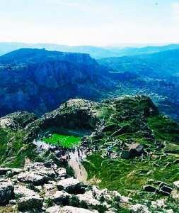 Stade magnifique à Beni Maouche
