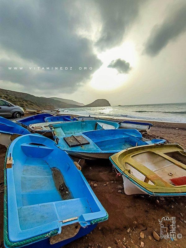 Les bateaux de pêche à Malous, prennent leur vacances en hiver