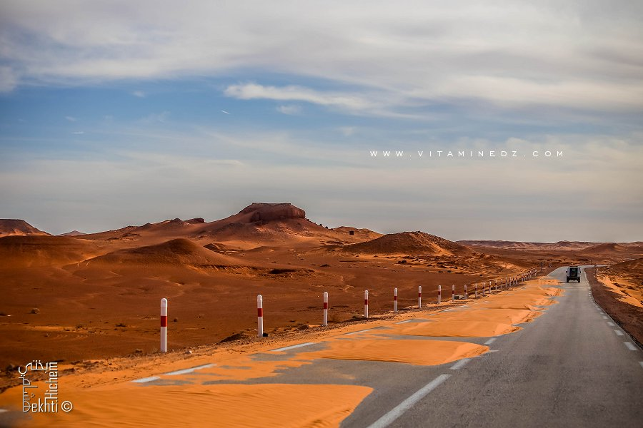 Banc de sable sur la route du Tinerkouk