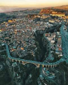 قسنطينة عاصمة الثقافة الجزائرية زوروها فهي تستحق