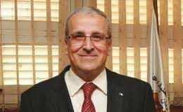 تعيين البروفيسور بن زيان على تعيينه وزير لتعليم العالي و البحت العلمي.